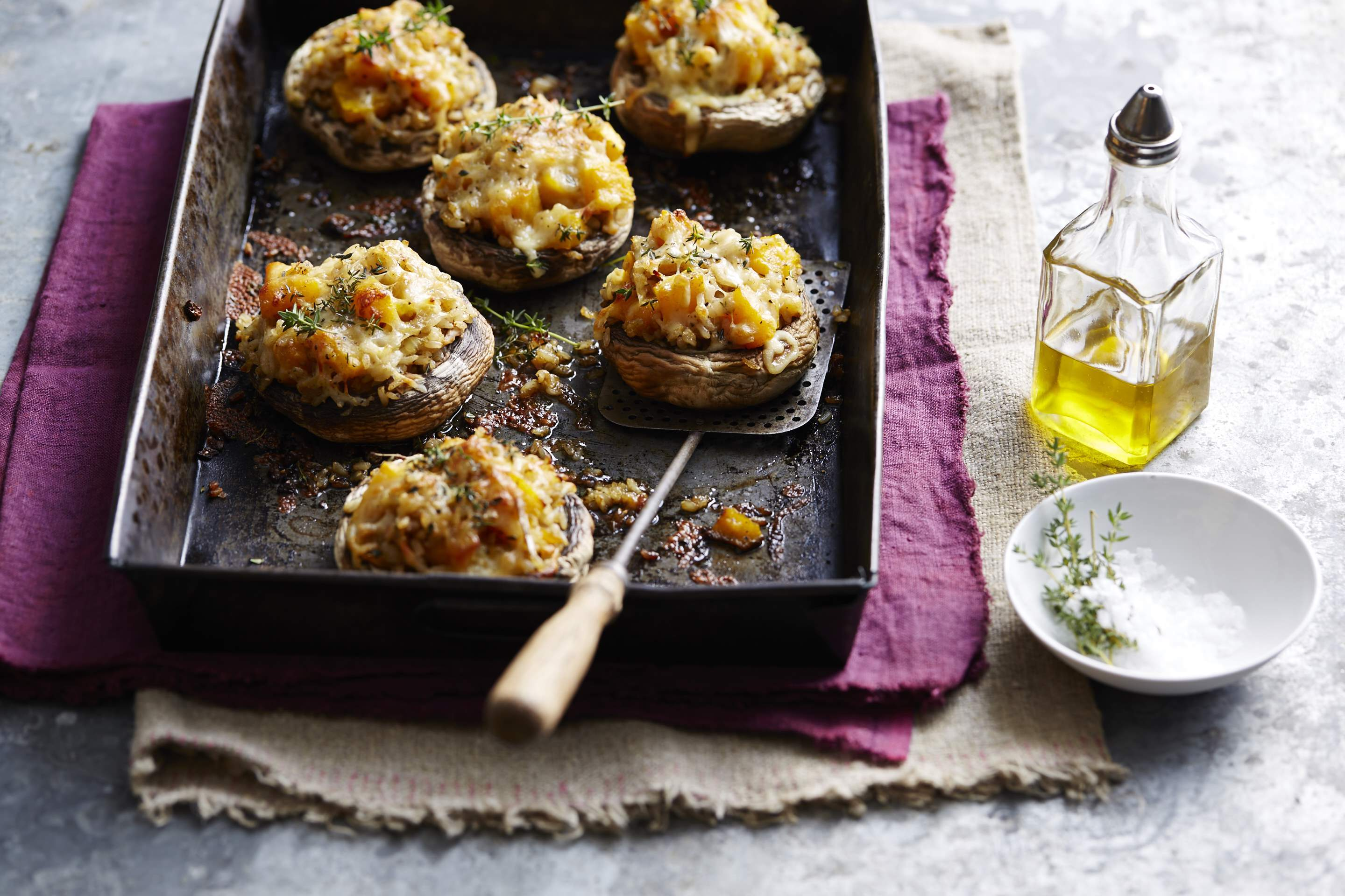 Stuffed mushrooms with brown rice