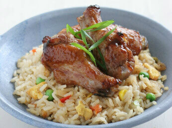 Asian chicken wings with fried rice