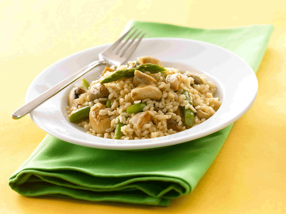 Chicken mushroom risotto with asparagus