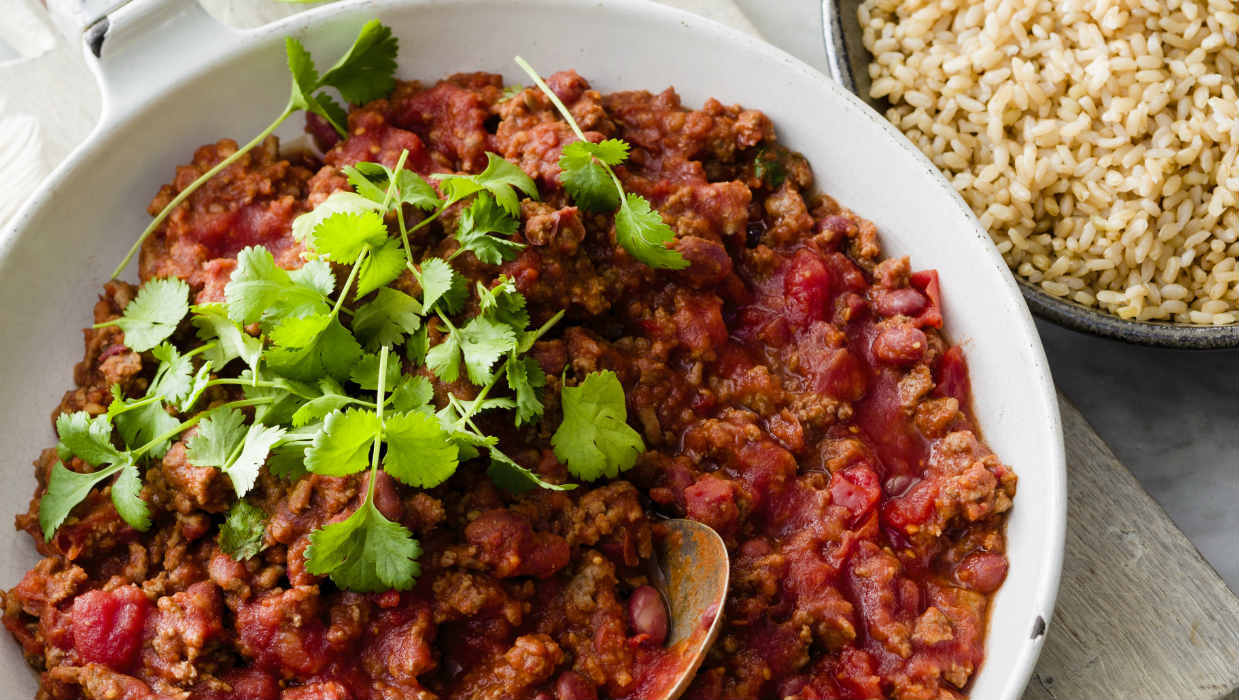 Easy chilli con carne and brown rice
