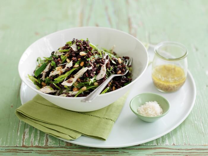 Poached chicken salad with green beans and black rice