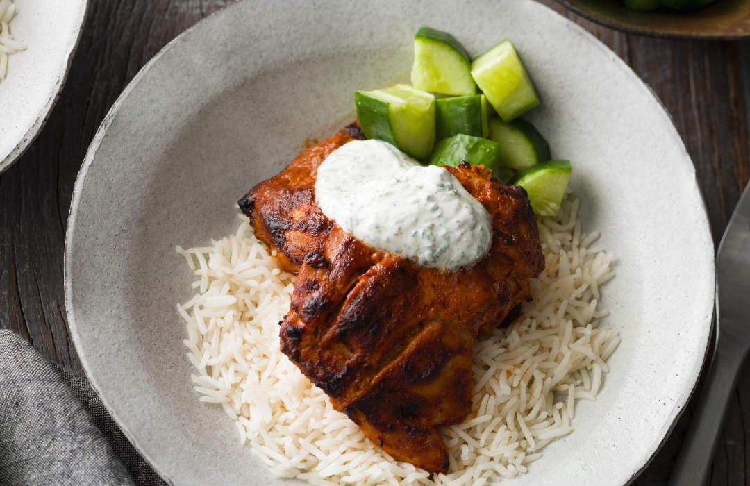Tandoori chicken on rice
