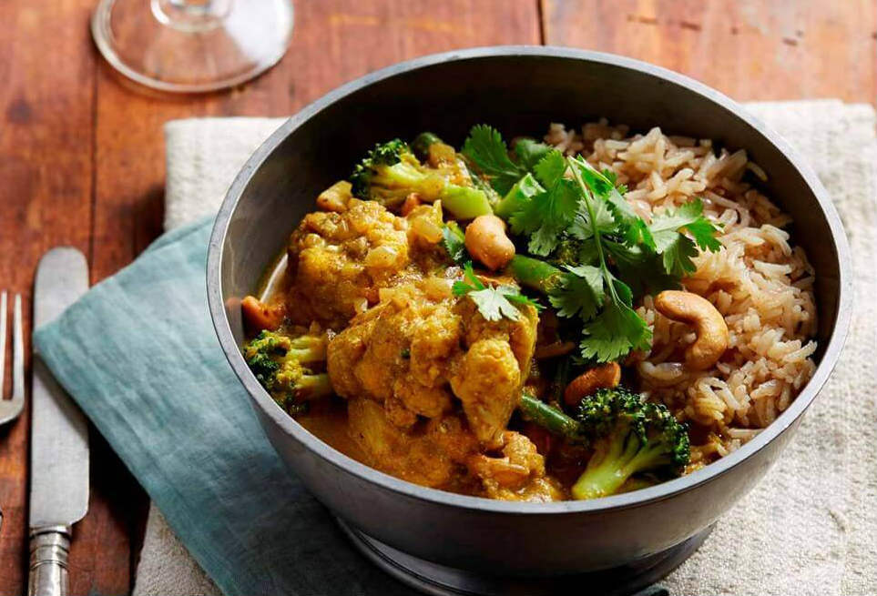 Chicken and vegetable korma curry